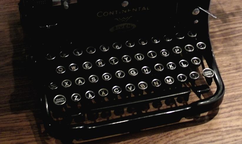 mekaaninen kirjoituskone, näppäimistö