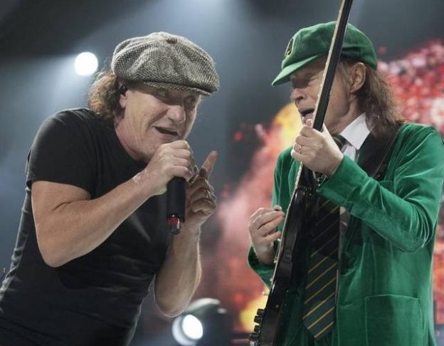 ac/dc, brian johnson agnus young