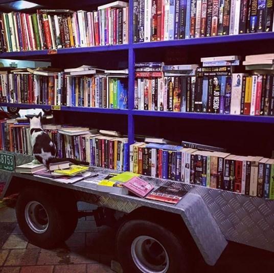 kirjakauppa Dubai, Book Hero ilman henkilökuntaa