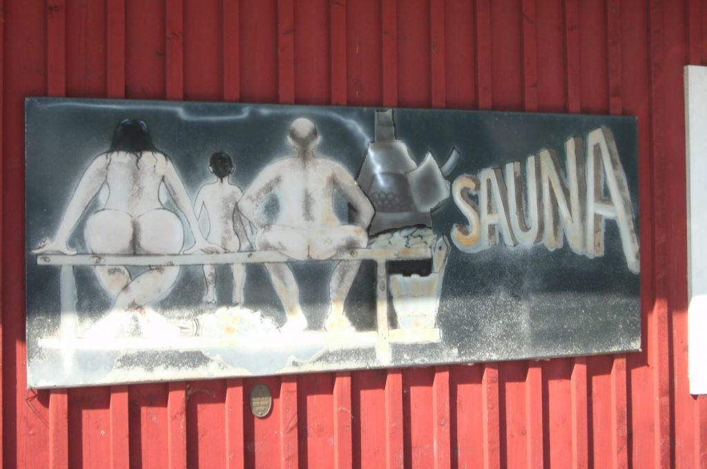 Saunan kyltti Joensuussa. Kuva Max Boyle.