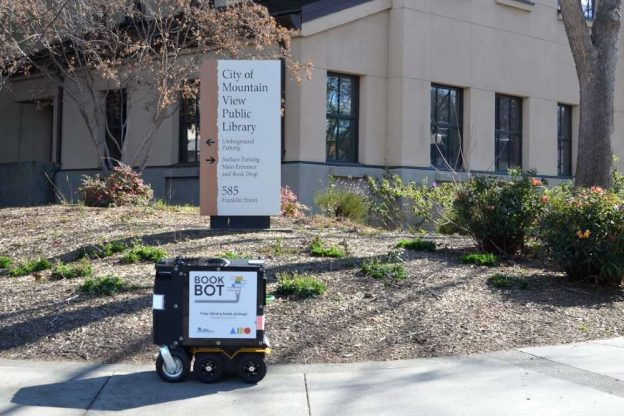 Mountain View library, Book Bot robot
